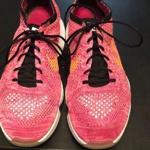 Ladies Nike Flyknit Zoom Sneakers